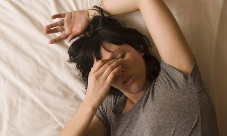 Λοιμώδης μονοπυρήνωση: Τα συμπτώματα της «νόσου του φιλιού» μέσα από εικόνες