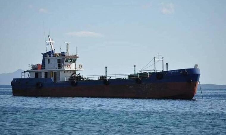 Θρίλερ διαπραγματεύσεων για τους 3 ομήρους Έλληνες ναυτικούς του «Στέλιος Κ»