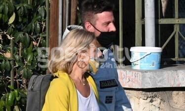 Θωμαϊς Ανδρούτσου: Πρώτη δημόσια εμφάνιση με τον σύντροφό της! Βόλτα χέρι – χέρι