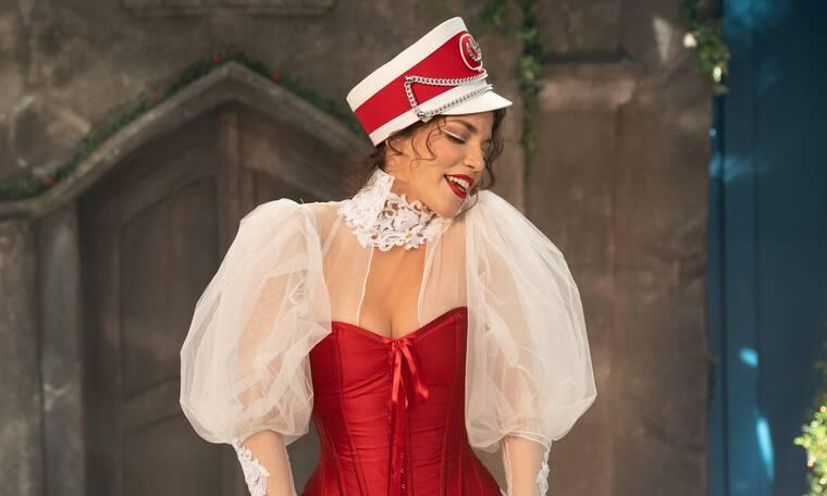 Κατερίνα Στικούδη: Backstage φωτογραφίες από το νέο χριστουγεννιάτικο βίντεο κλιπ της