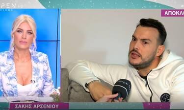 Ευτυχείτε: Σάκης Αρσενίου: Αποκάλυψε on camera ότι κόλλησε κορονοϊό! (Video)