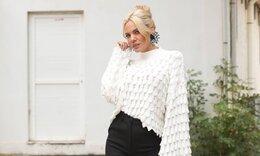 Ιωάννα Μαλέσκου: Ποζάρει σαν μοντέλο και προκαλεί «εγκεφαλικά» (pics)