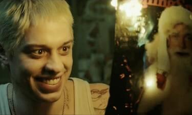 Το χριστουγεννιάτικο parody αλά Eminem είναι ό,τι καλύτερο κυκλοφορεί! (vid)