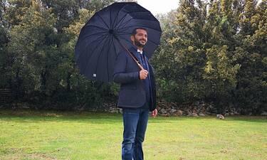 Λεωνίδας Κουτσόπουλος: Η γωνιά στο σπίτι του και τα διακοσμητικά που θα σε μαγέψουν
