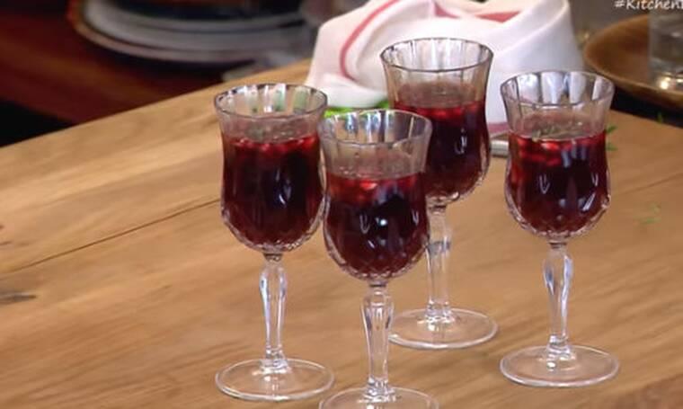 Ζεστό γλυκό κρασί (Glühwein) από τον Άκη Πετρετζίκη