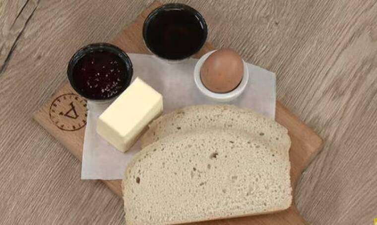 Ψωμί στη χύτρα ταχύτητας από τον Άκη Πετρετζίκη!