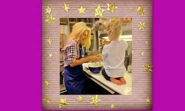 Ελένη Μενεγάκη: Αυτή είναι η συνταγή για τα κουλούρια που έφτιαξε με τη Μαρίνα της