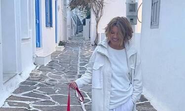 Σοφία Αλιμπέρτη: Η νέα φωτογραφία στο στολισμένο σπίτι της στην Πάρο είναι… όνειρο!