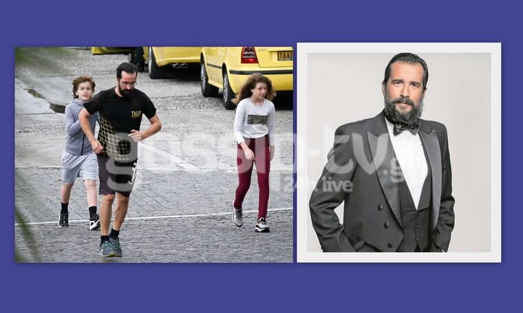 """Τάσος Νούσιας: Επιστρέφει στην tv και τον """"τσακώσαμε"""" σε μετακίνηση 6 με την κόρη του"""