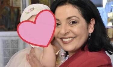 Ανδρίτσου: Οι αδημοσίευτες φωτογραφίες με την κόρη της ανήμερα Πρωτοχρονιάς έγιναν viral!