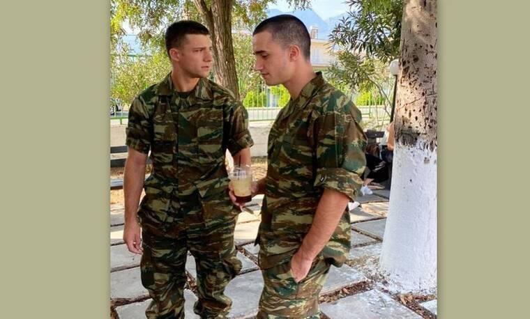 Άρης Αργυρόπουλος: Ο γιος της Μπακοδήμου κουρεύτηκε στο στρατό και το video έγινε viral!
