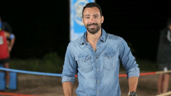 Σάκης Τανιμανίδης: Τηλεοπτική «βόμβα»! Με αυτό το κανάλι υπογράφει - Οι όροι της συμφωνίας!