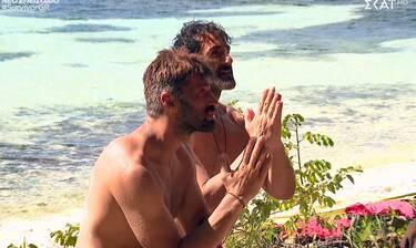 Survivor: Το είδαμε και δεν το πιστεύαμε! Οι Διάσημοι κάνουν προσευχές για να βρουν φαγητό!