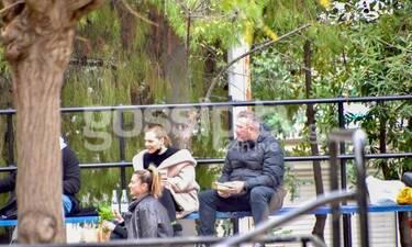 Ρέμος - Μπόσνιακ: Βόλτα για παιχνίδι στη Γλυφάδα με την κορούλα τους!