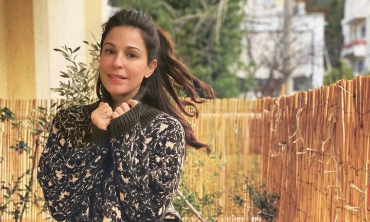 Κατερίνα Παπουτσάκη: Δείτε τι παίζει στο πάτωμα με τον γιο της