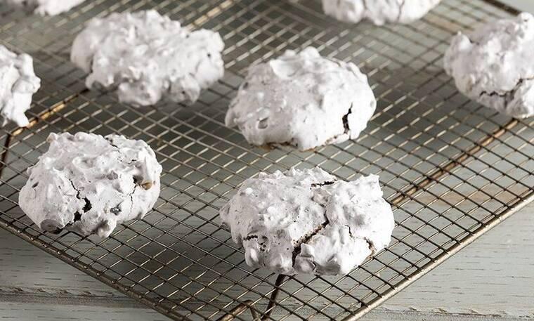 Εύκολα και γρήγορα μπισκότα από τον Άκη Πετρετζίκη!