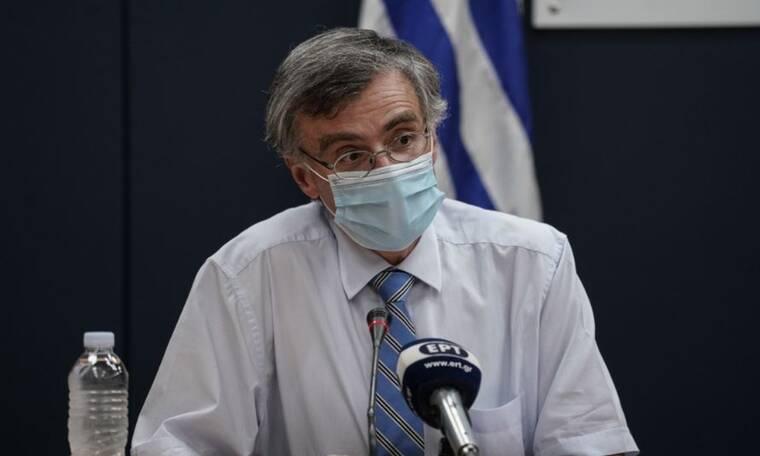 Τσιόδρας: «Ο κορονοϊός ήρθε για να μείνει» - Τι είπε για μεταλλάξεις και εμβόλια