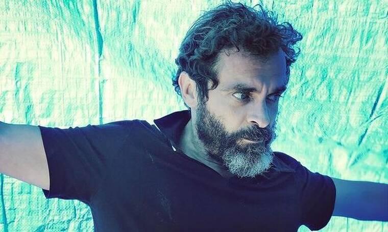 Κωνσταντίνος Μαρκουλάκης: «Τα θέατρα είναι μέρος της ζωής αυτής που έχουμε χάσει»