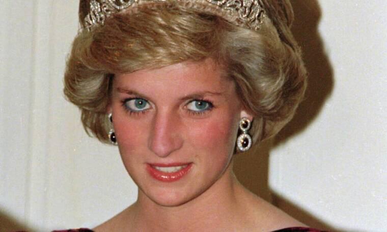 Το πρώην ζεύγος Ντέιβιντ και Ελίζαμπεθ Εμάνουελ «σφάζεται» για το πατρόν της πριγκίπισσας Νταϊάνα!