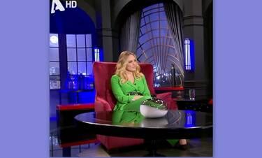 Μεσάνυχτα: Μας τρέλανε η Ελεονώρα! Το πράσινο κοστούμι που θα ζηλέψεις