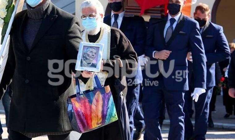 Τιτίκα Σαριγκούλη: Θλίψη στο τελευταίο αντίο (Photos)