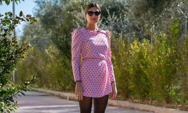 Η Σταματίνα Τσιμτσιλή φόρεσε το πιο ωραίο ρετρό φόρεμα που θα δεις σήμερα
