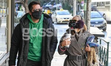 Τρομάξαμε να τους αναγνωρίσουμε με την μάσκα και τα γυαλιά!