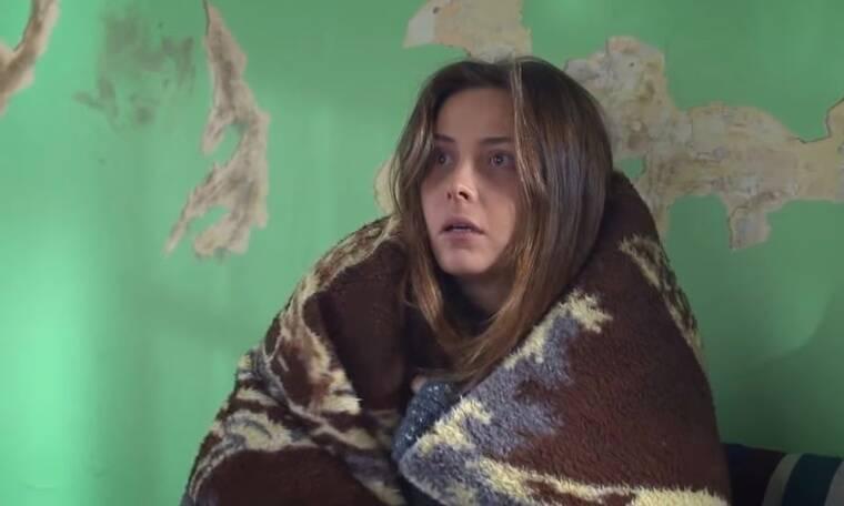 Elif: Η Μελέκ μένει σε ένα παλιό σπίτι και την ενημερώνουν πως πρέπει να φύγει