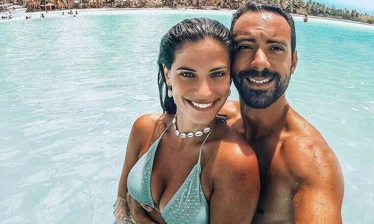 Σάκης Τανιμανίδης: «Τρολλάρει» την Χριστίνα Μπόμπα, κάνοντας γιόγκα! Πολύ γέλιο!