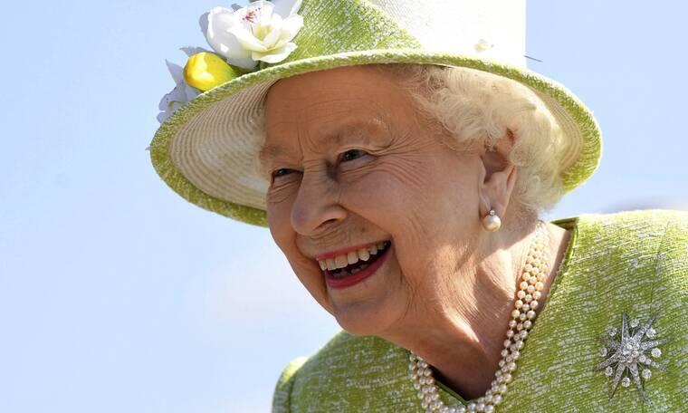 Η ιστορία πίσω από τη συλλογή γραμματοσήμων της Βασίλισσας Ελισάβετ