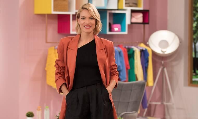 Shopping Star: Μοδάτη με παλτό το πρωί