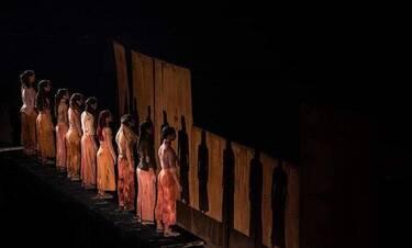 Γενοκτονία – Genocide: Σε online streaming η σπουδαία αυτή παράσταση!