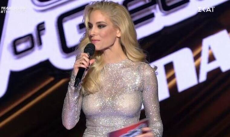 The Voice τελικός: Θα τα «χάσεις» με τη σέξι εμφάνιση της Δούκισσας Νομικού!