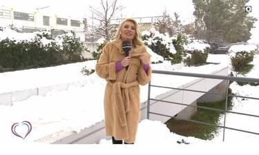 Ευτυχείτε: Με καθυστέρηση βγήκε στον αέρα η εκπομπή της Καινούργιου - Στα χιόνια η παρουσιάστρια!