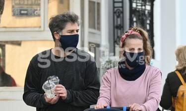Μπουρδούμης - Δροσάκη: Μετακίνηση 6 με τον γιο τους να κλέβει τις εντυπώσεις