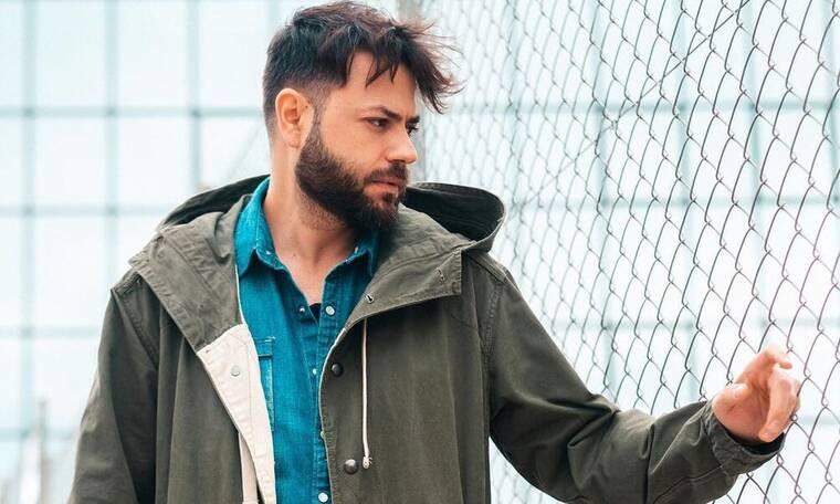 Πέτρος Πυλαρινός: Ερωτευμένος ο τραγουδιστής των Alcatrash  - Η νέα φωτό με το κορίτσι του