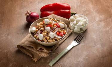 Ποιες παθήσεις προλαμβάνετε αν συνδυάζετε αυτές τις τροφές (εικόνες)