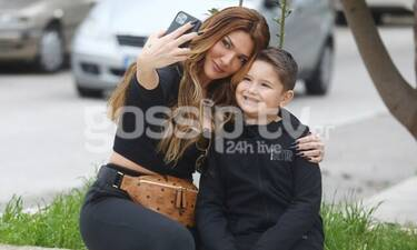 Ηλιάδη-Γκέντσογλου: Ο γιος τους είναι ένας κούκλος και βγάζει με τη μαμά του selfie!