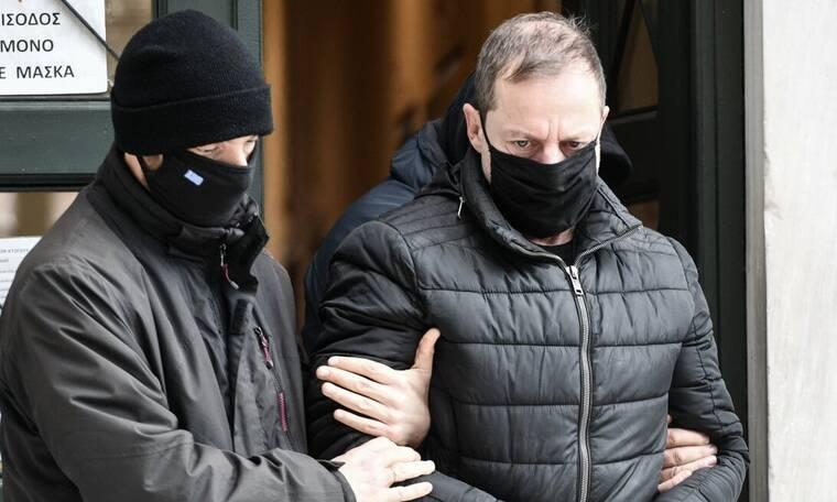 Υπόθεση Λιγνάδη: Στον Εισαγγελέα οι δικηγόροι του Νίκου Σ. – Οι δηλώσεις τους