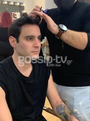 YFSF All Star: Aγνώριστος ως Robbie Williams ο Ίαν Στρατής