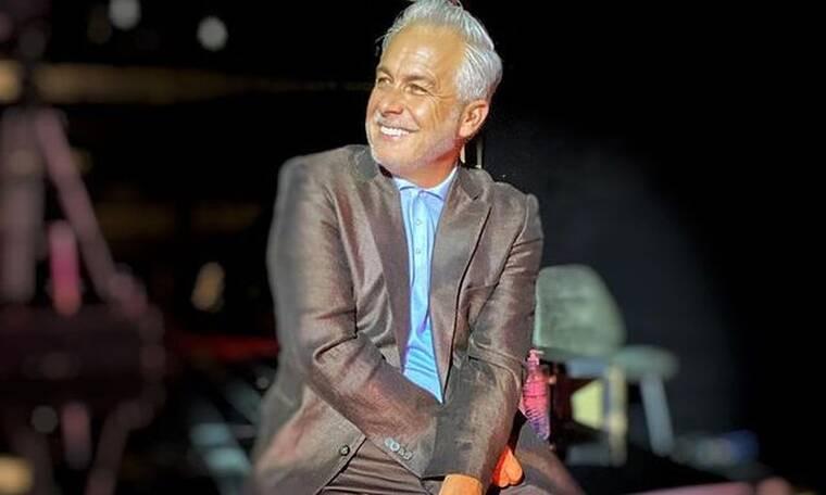 Χριστόπουλος: Θα πάθετε πλάκα όταν μάθετε πόσες γραβάτες και παπιγιόν έχει στη γκαρνταρόμπα του