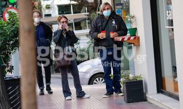 Άκης Σακελλαρίου: Σπάνια δημόσια εμφάνιση με τη σύζυγό του!