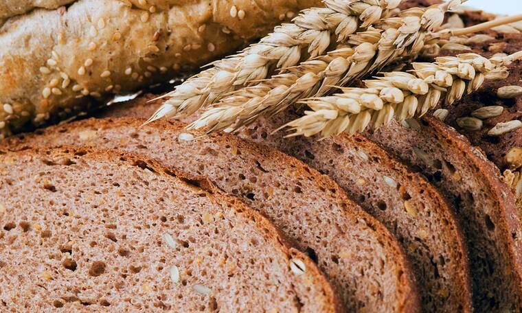 Τροφές ολικής άλεσης: Ποιοι και γιατί πρέπει να τις αποφεύγουν (εικόνες)