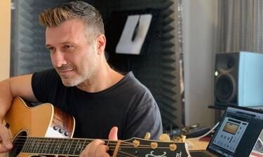 Γιάννης Πλούταρχος: «Μόνος μου»: Το νέο τραγούδι σε συνεργασία με τον Θεοφάνους