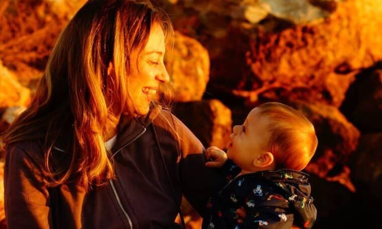 Αλεξάνδρα Ούστα: Ο γιος της κάνει τα πρώτα του βήματα (pics)