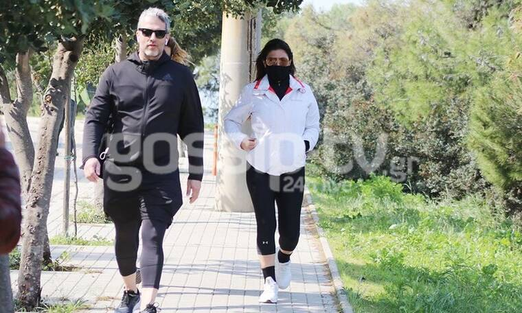 Έλενα Παπαρίζου – Ανδρέας Καψάλης: «Μετακίνηση 6» στο Καβούρι με αθλητικό look