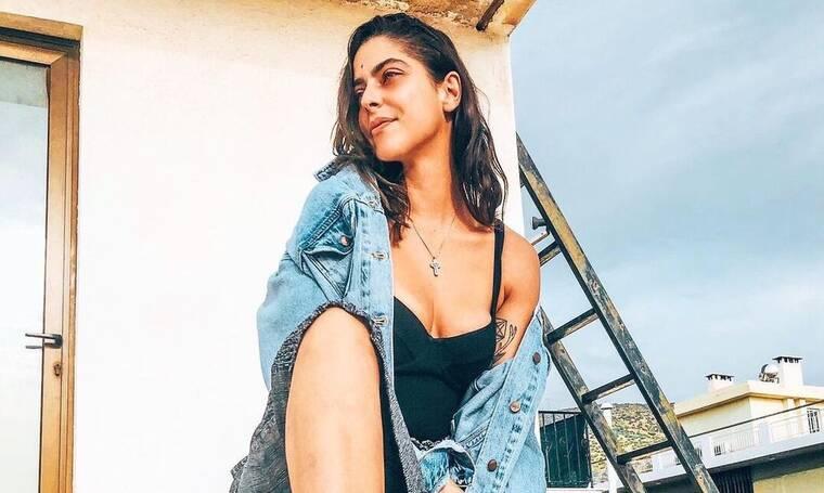 Μυριέλλα Κουρεντή: Ποζάρει ημίγυμνη στο φακό και μας... τρελαίνει