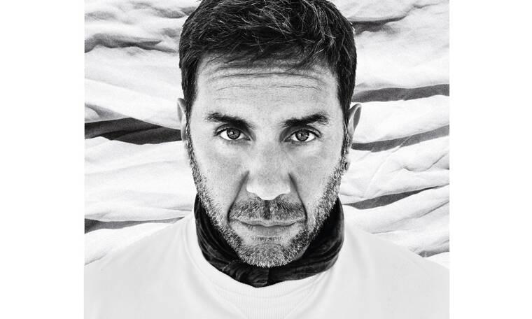 Den Ime Ego: Ο Γιώργος Μαζωνάκης και η νέα του συνεργασία