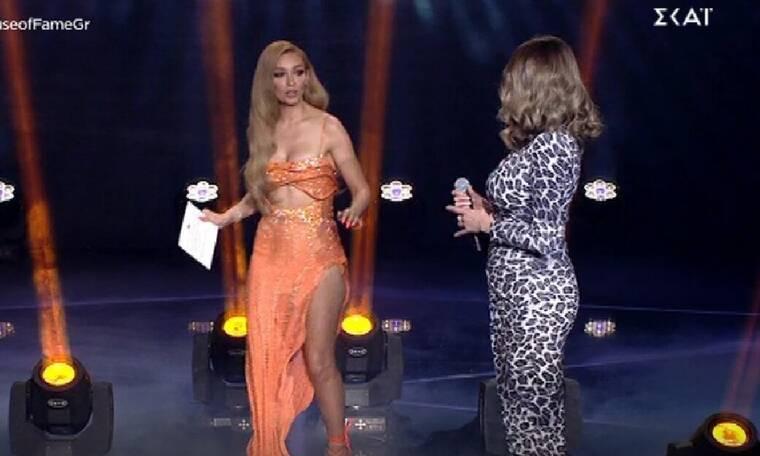 House of Fame: Το παρ' ολίγον ατύχημα της Ελένης Φουρέιρα επί σκηνής