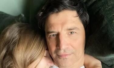 Σάκης Ρουβάς: Απαθανάτισε την πιο τρυφερή στιγμή με τις κόρες του!